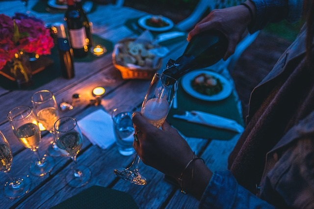 Tips on creating a Dinner Club by Healthy Diet Habits