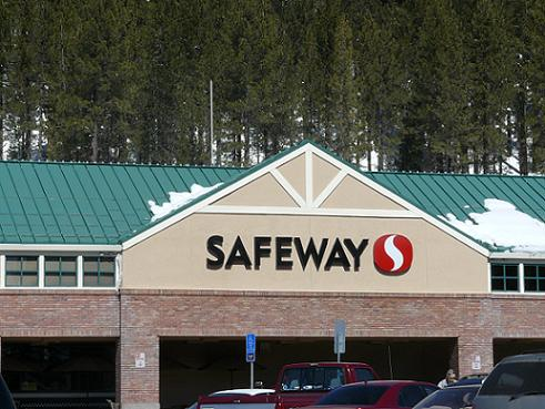 Safeway in Truckee, California - Tips on Eating Healthy Vacation Food by Healthy Diet Habits