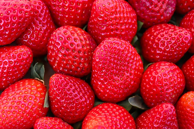 Strawberry Bread Recipe by Healthy Diet Habits
