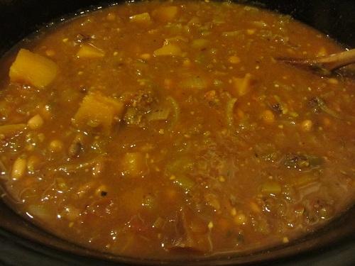 Crockpot Chili and Seasonal Vegetables